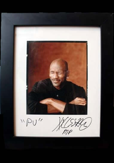 Marc Hauser signed photograph - Michael Jordan